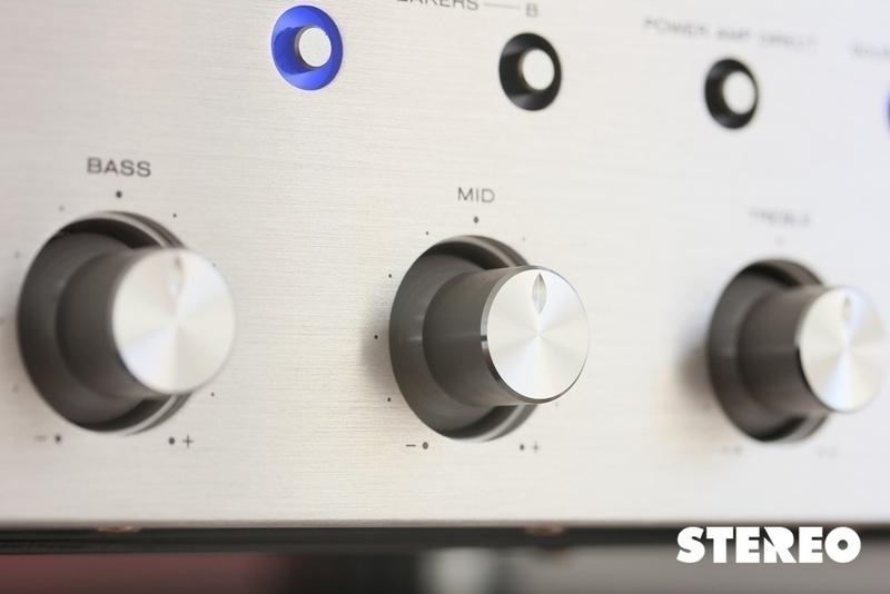 Marantz Intergrated Amplifier PM8006: Một bản nâng cấp đáng chú ý của PM8005