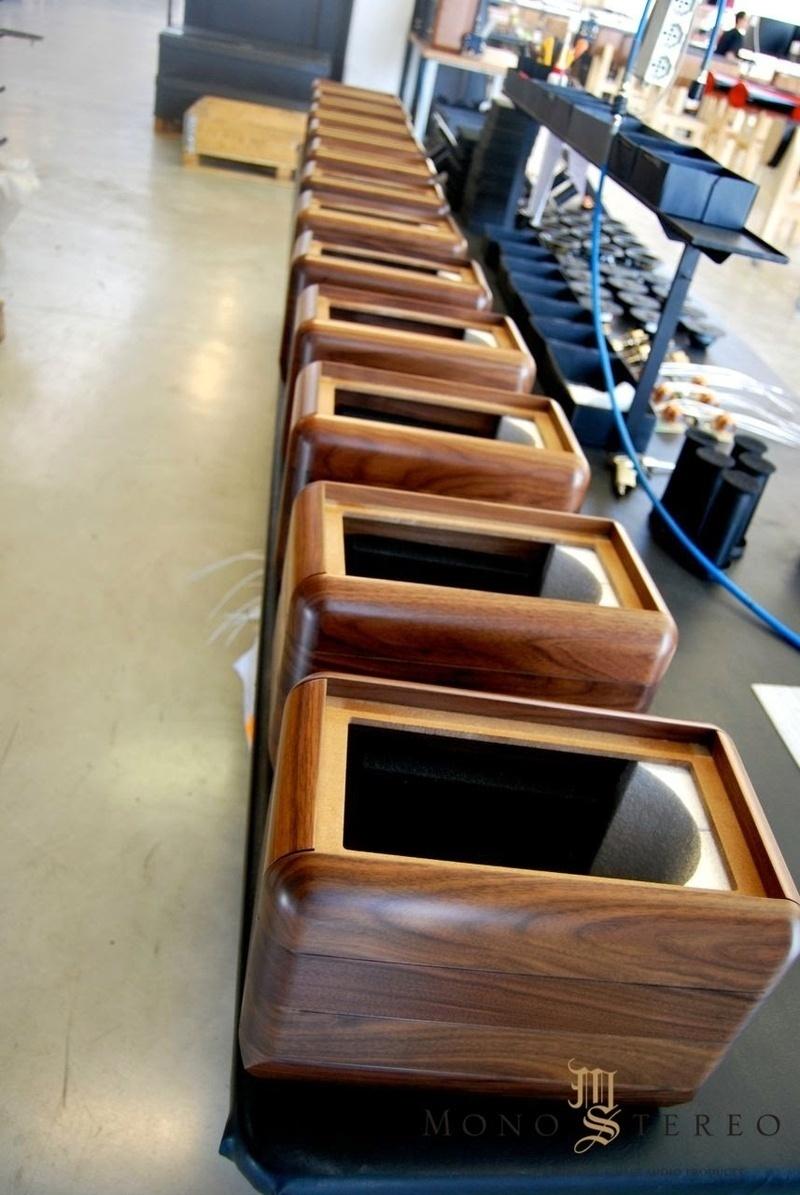 Loa thùng gỗ: Vật liệu tự nhiên cho âm thanh tự nhiên?
