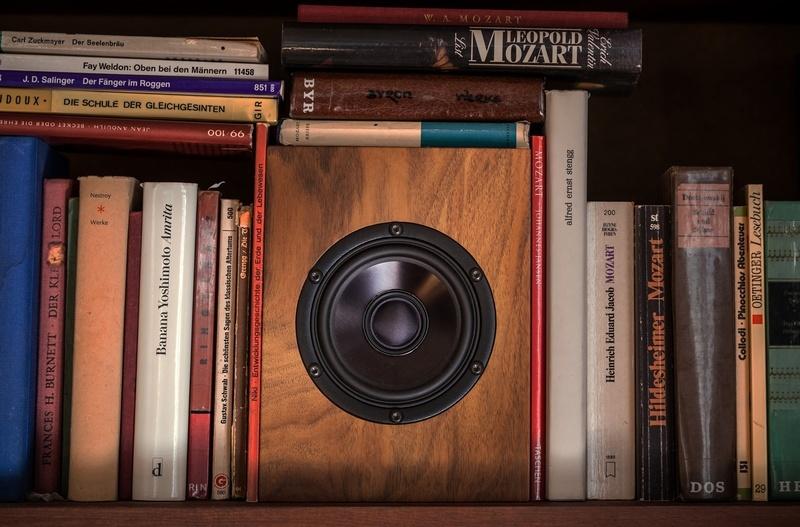 Sun: Đôi loa bookshelf tí hon, nhỏ nhưng cực chất từ Trenner & Friedl