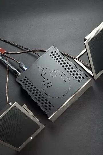 Mini Dragon System: Hệ thống âm thanh nhỏ gọn với loa từ phẳng cực kì độc đáo