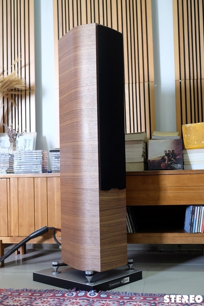 Loa cột Sonus Faber Sonetto III: Vẻ đẹp chuẩn mực từ nước Ý