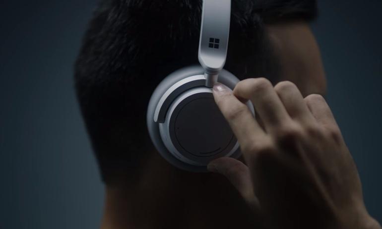 Surface Headphones: Sản phẩm đầu tiên của Microsoft trong cuộc chiến tai nghe chống ồn cùng Bose và Sony