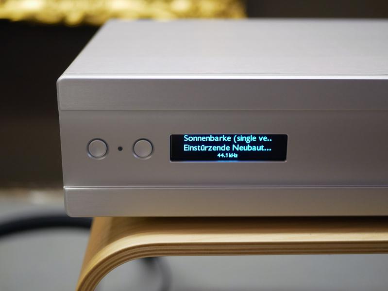 Ayre Acoustics giới thiệu ampli tích hợp EX-8