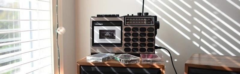 Crosley ra mắt bộ đôi cassette CT100 & CT200 cho người hoài cổ