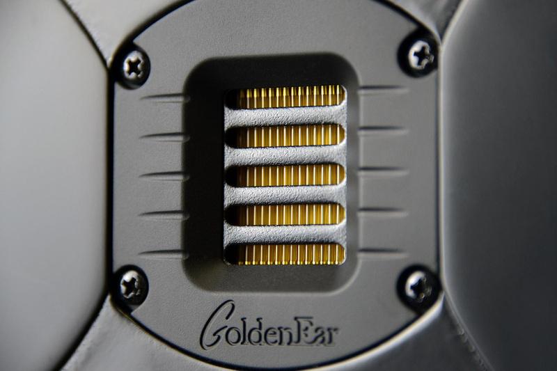GoldenEar bán ra mẫu loa cột Triton One.R