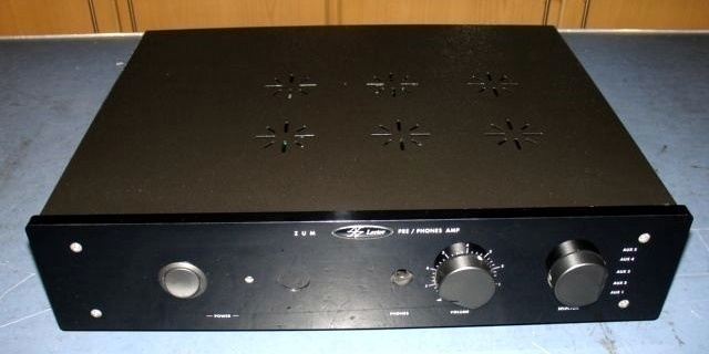 Lector Audio tiết lộ về bộ khuếch đại tai nghe ZUM-H