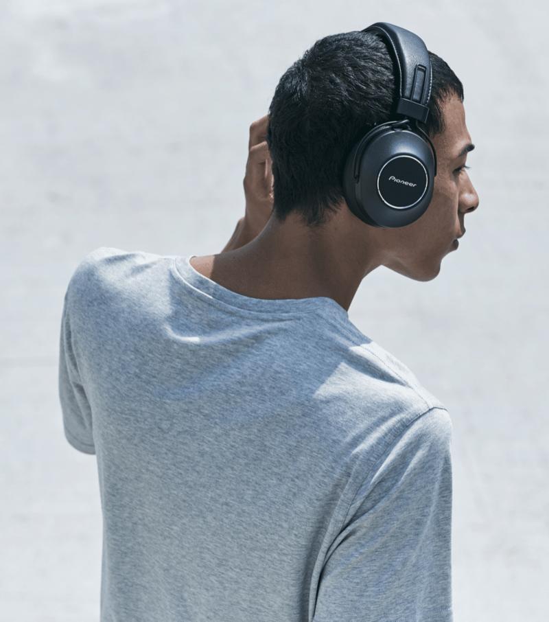 Pioneer công bố tai nghe không dây chống ồn S9 Wireless