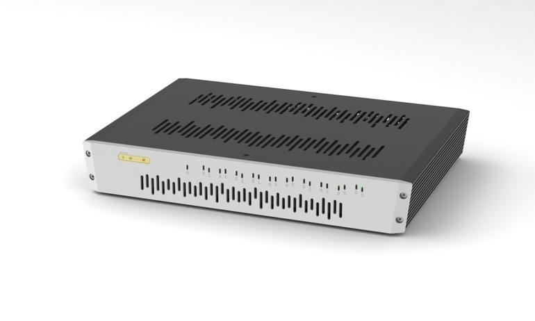 SOtM sNH-10G: Bộ chia mạng LAN cao cấp cho hệ thống âm thanh