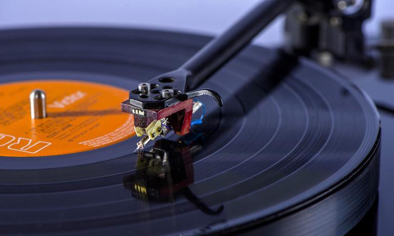 Van Den Hul ra mắt  dòng cartridge đầu bảng Colibri XGW Signature Stradivarius