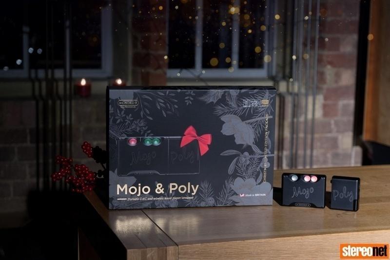 Chord tung ra bộ sản phẩm Mojo DAC & Poly Streamer phiên bản giáng sinh 2018