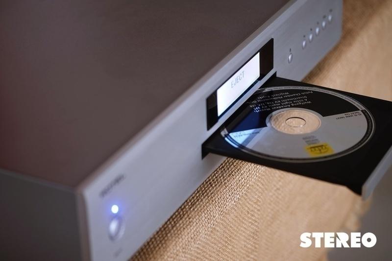 Rotel A11 & CD11: Dàn hi-fi điển hình cho phân khúc bình dân
