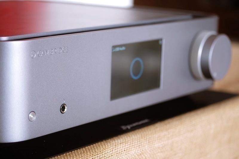 Edge Series: Điểm nhấn táo bạo cho hành trình 50 năm của Cambridge Audio