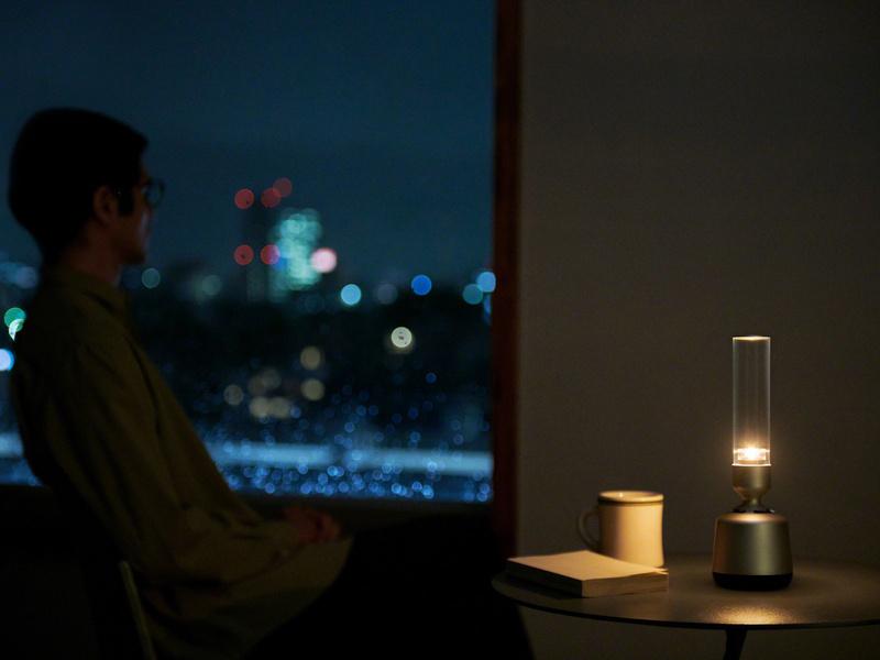 [CES 2019] Sony LSPX-S2: Loa không dây kiêm đèn trang trí, phát nhạc từ thủy tinh