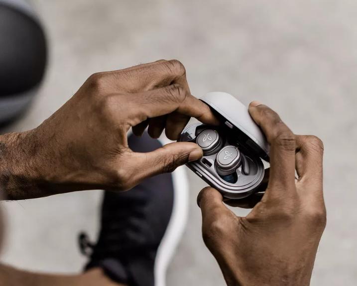 Jaybird ra mắt phiên bản kế tiếp của tai nghe true wireless Run, tích hợp khả năng chống nước