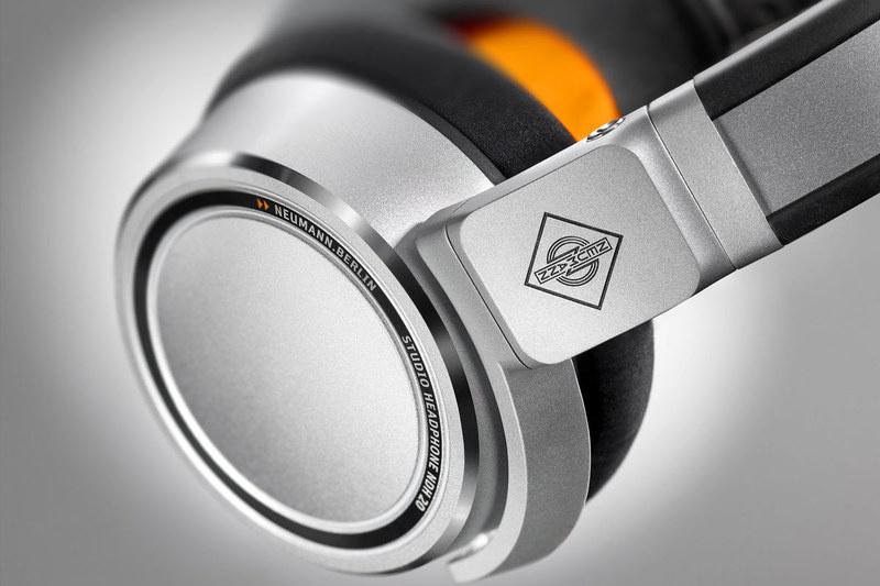 Neumann ra mắt tai nghe over-ear đầu tay NDH 20