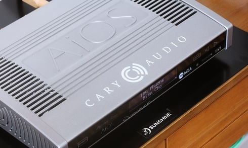 Trên tay AiOS: máy nghe nhạc cực mạnh của Cary Audio Design