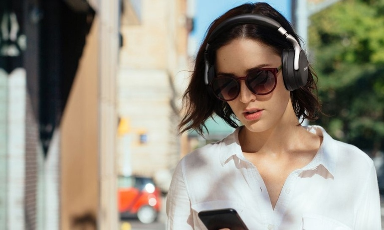 Denon hé lộ bộ ba tai nghe over-ear mới, có thể tự điều chỉnh mức chống ồn theo môi trường xung quanh