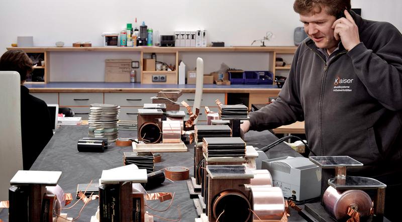 Kaiser Acoustics: Từ bậc thầy phòng nghe đến chuyên gia loa hi-end