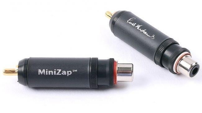 Russ Andrews ra mắt MiniZap: Món phụ kiện chống nhiễu chuyên dụng cho dây tín hiệu