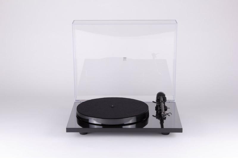 Rega tung ra mâm đĩa Planar 78 với thiết kế đơn giản, gọn nhẹ
