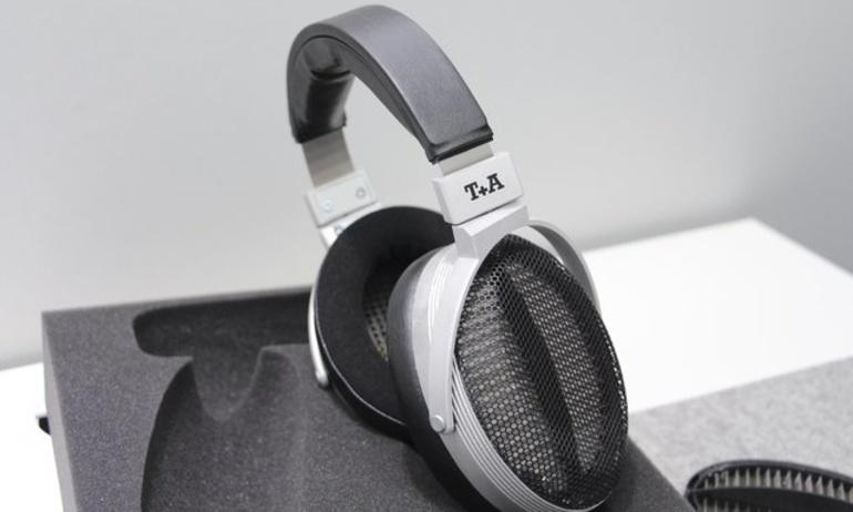T+A tiết lộ về mẫu tai nghe đầu tiên của hãng mang tên Solitaire P