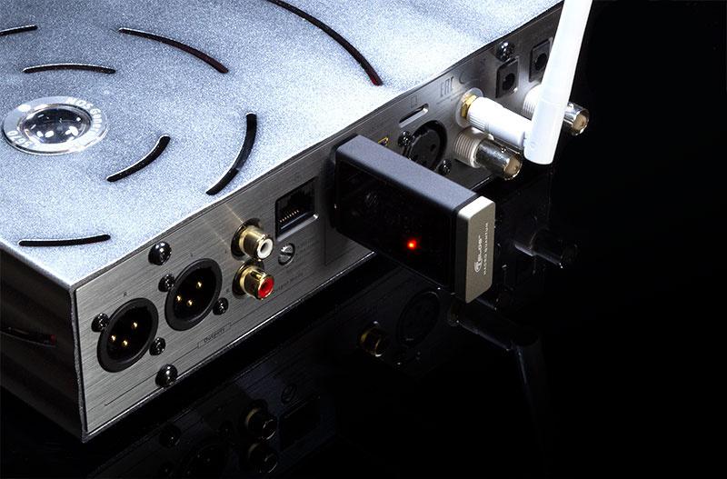 Telos Macro Q: Món phụ kiện chống nhiễu thông qua cổng USB