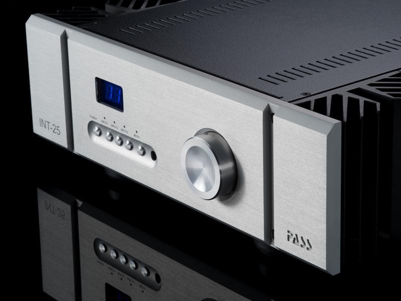 Pass Labs trình làng ampli tích hợp cao cấp INT-25