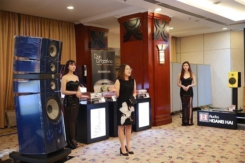 [Vietnam Hi-end Show 2019 - TP HCM]: Ampli Dan D'Agostino phô diễn sức mạnh cùng siêu loa Focal Stella Utopia EM Evo tại Hoàng Hải Audio
