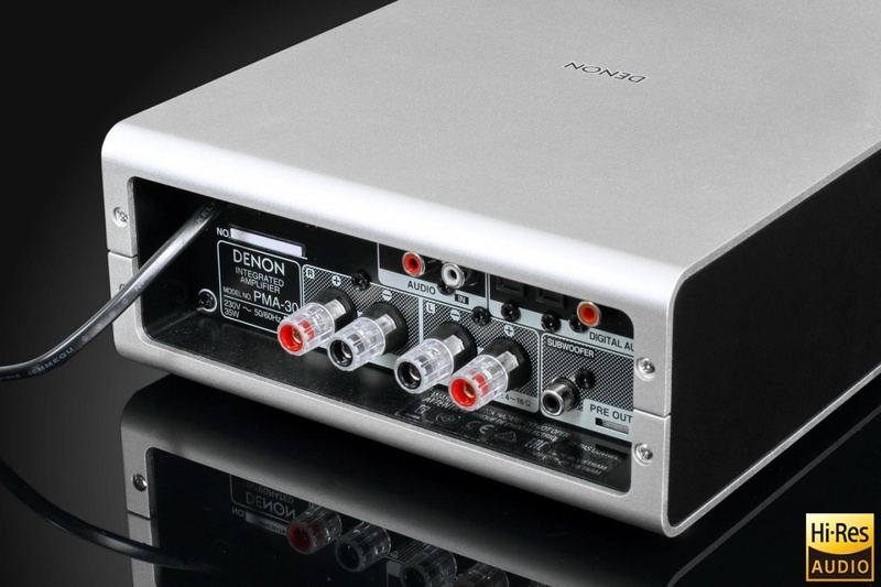 Ampli tích hợp Denon PMA-30 và đầu CD Denon DCD-50: Phối ghép dành cho những không gian nhỏ