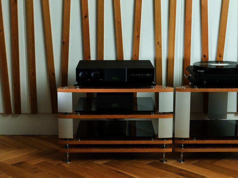 Naim ra mắt thế hệ thứ 3 của bộ đôi ampli tích hợp NAIT & SUPERNAIT