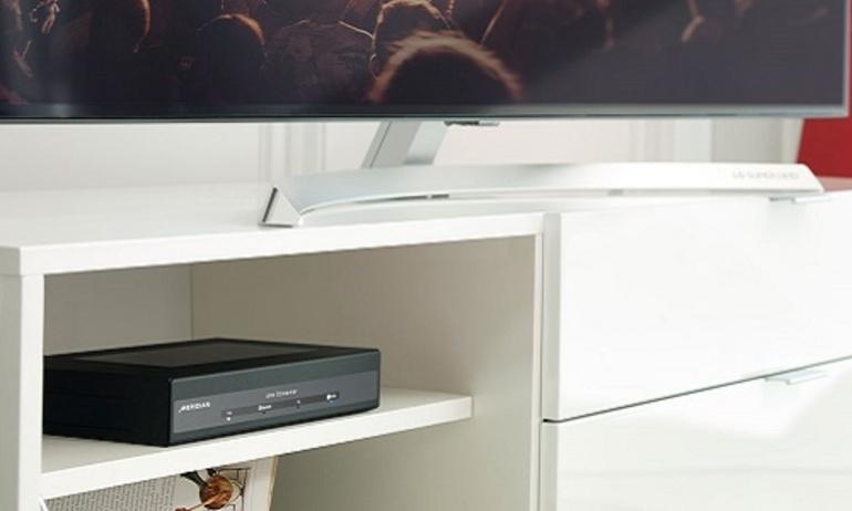 Meridian giới thiệu đầu phát nhạc số cao cấp 210 Streamer