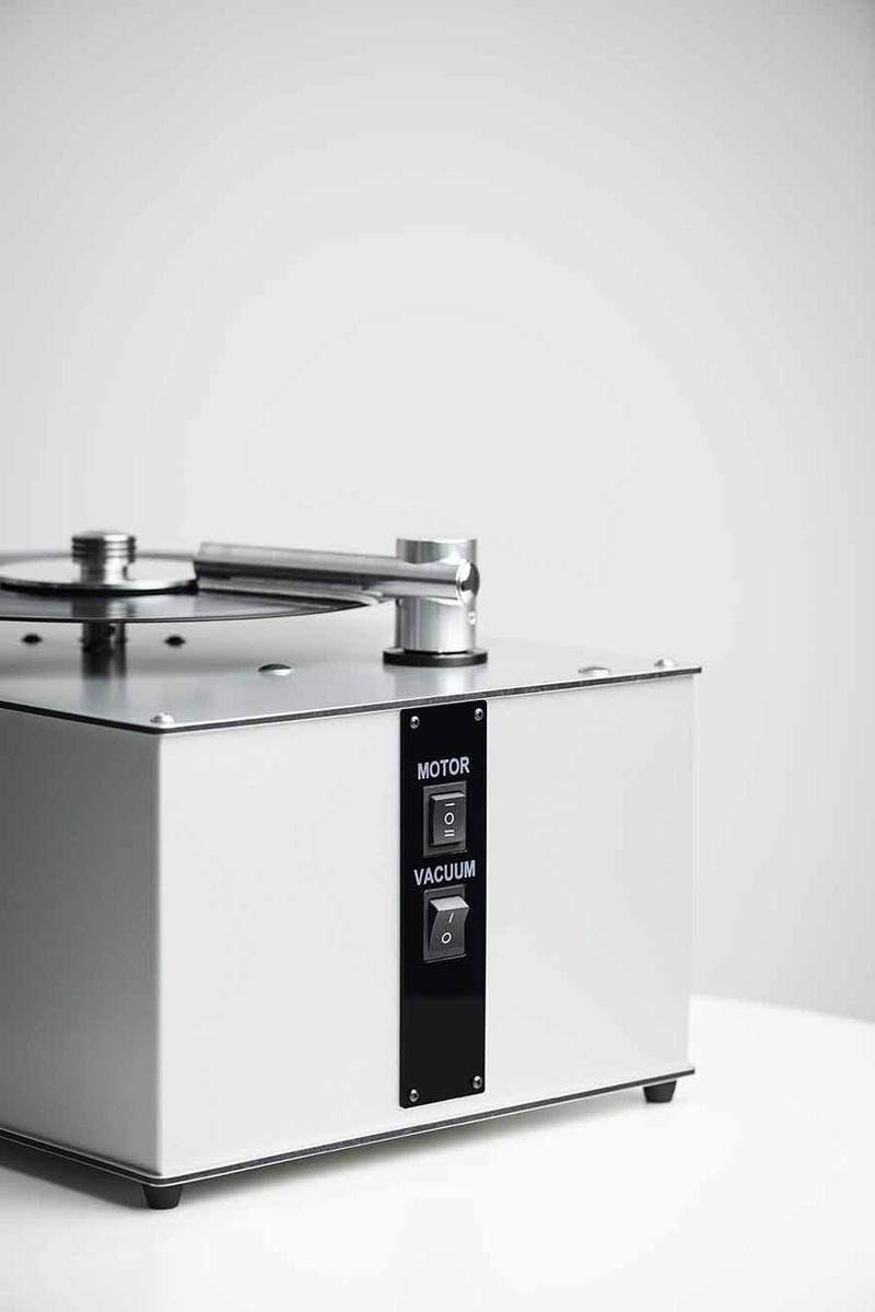 Pro-Ject  ra mắt bộ đôi máy vệ sinh đĩa vinyl bằng kỹ thuật chân không