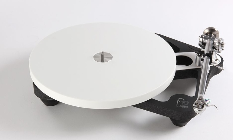 Rega ra mắt mâm đĩa than cao cấp Planar 10