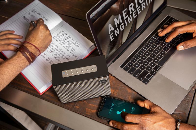 Loa không dây Klipsch Heritage Groove: Thiết kế cổ điển, nhỏ gọn và thời lượng pin 8 tiếng