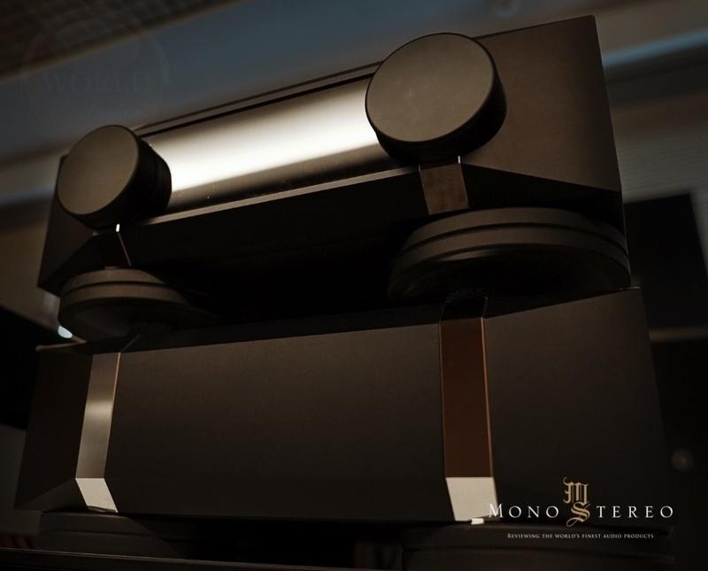 Thrax Audio giới thiệu pre-amp Libra, chạy bóng 300B