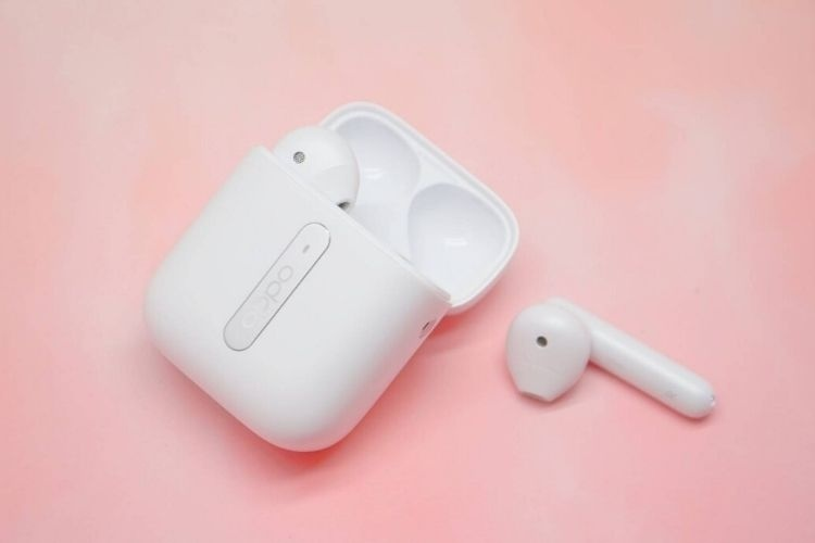 Oppo giới thiệu tai nghe true wireless Enco Free Earbuds, thiết kế giống Apple AirPods