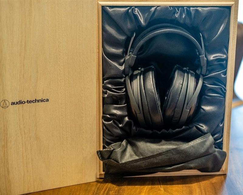 Audio-Technica giới thiệu bộ đôi tai nghe vỏ gỗ Kokutan và Asada Zakura