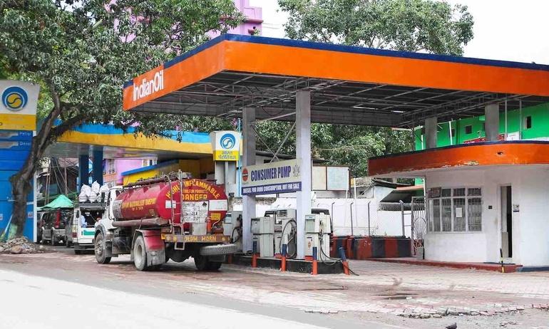 Ấn Độ làm nên lịch sử khi tất cả các trạm xăng chuẩn bị cung cấp nhiên liệu sạch nhất thế giới