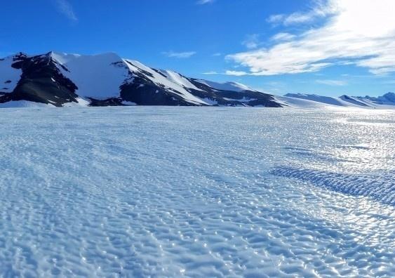 Sự tan chảy của dải băng ở Nam Cực có thể làm mực nước biển dâng lên thêm 3m