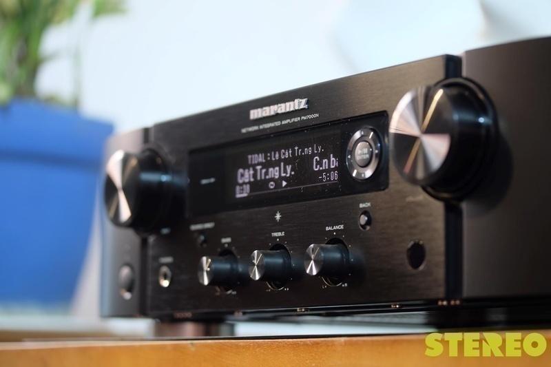 PM7000N: Ampli tích hợp kiêm đầu phát nhạc số đầu tiên của Marantz