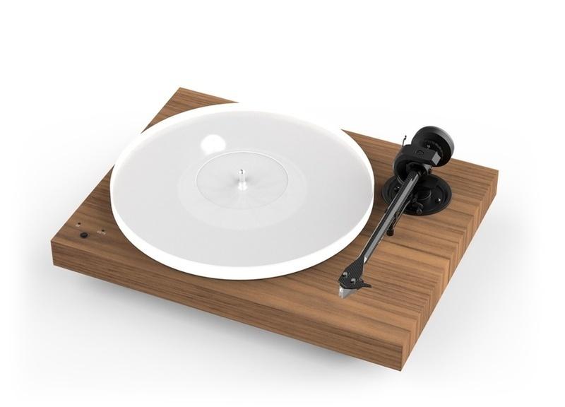 Người mua mâm đĩa Pro-Ject X1 và X2 sẽ được tặng miễn phí bộ công cụ vệ sinh đĩa than Spin Clean
