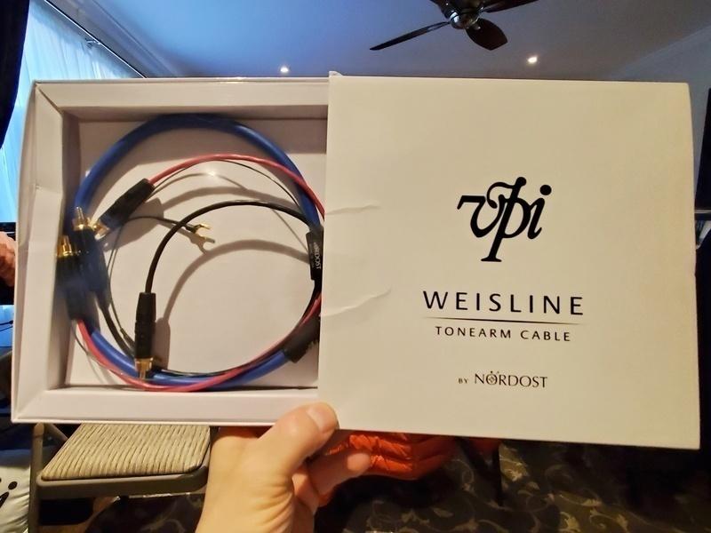Dây phono VPI Weisline Tonearm Cable: Sản phẩm hợp tác giữa VPI và Nordost