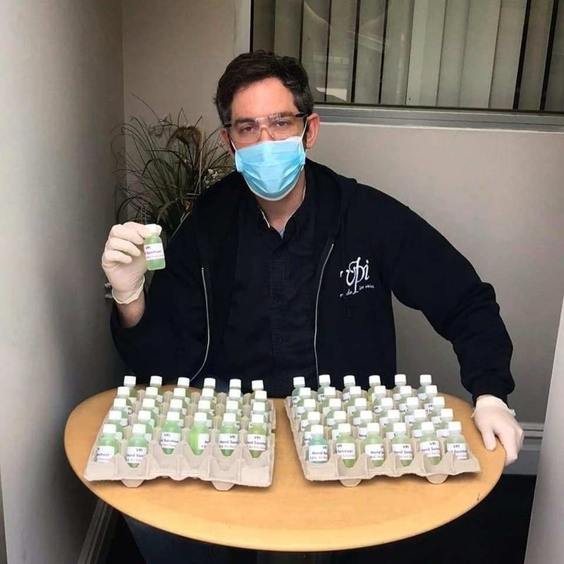 VPI tiếp tục sản xuất vật tư y tế để cung cấp cho các bệnh viện địa phương trong mùa dịch Covid-19