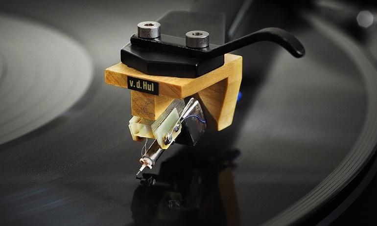 Van den Hul giới thiệu bộ kim đĩa than đầu bảng Colibri Gran Cru