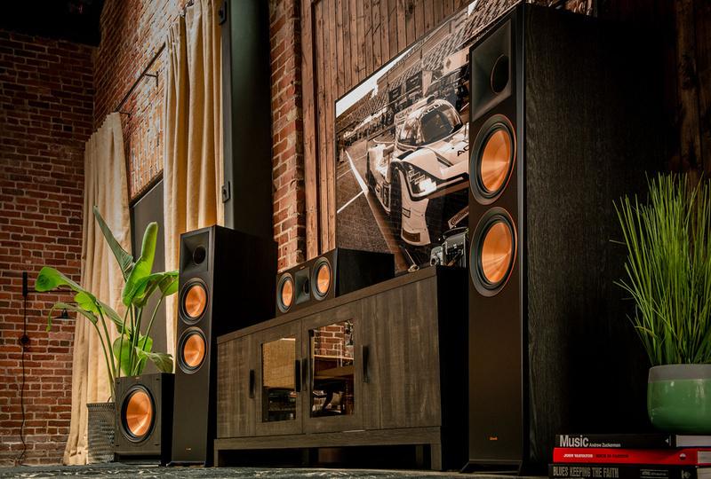 Xem phim, nghe nhạc chất lượng cao với loa cột Klipsch RP-5000F