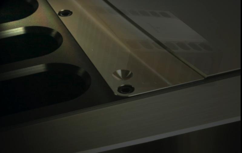 Jeff Rowland chính thức mở bán monoblock 735 với giá hơn 900 triệu đồng