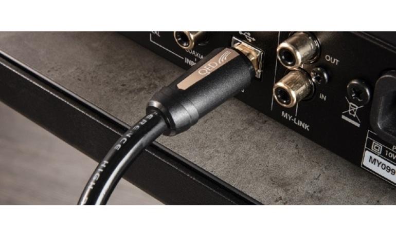 QED tung ra phiên bản nâng cấp của cáp tín hiệu USB Reference High Resolution