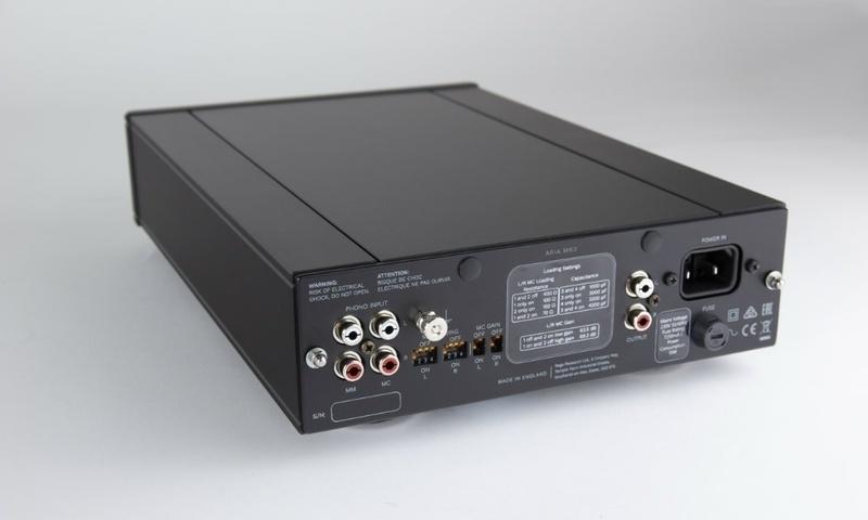 Rega trình làng phono stage Aria Mk3, hỗ trợ cả MM và MC, giá hơn 25 triệu đồng