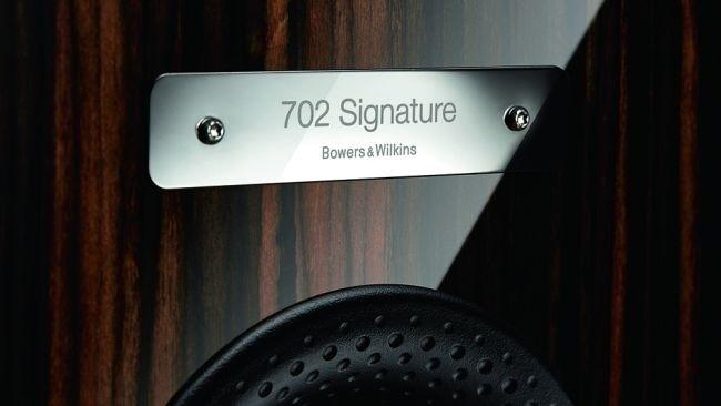 Bowers & Wilkins làm mới Signature Series với bộ đôi 702 và 705 Signature