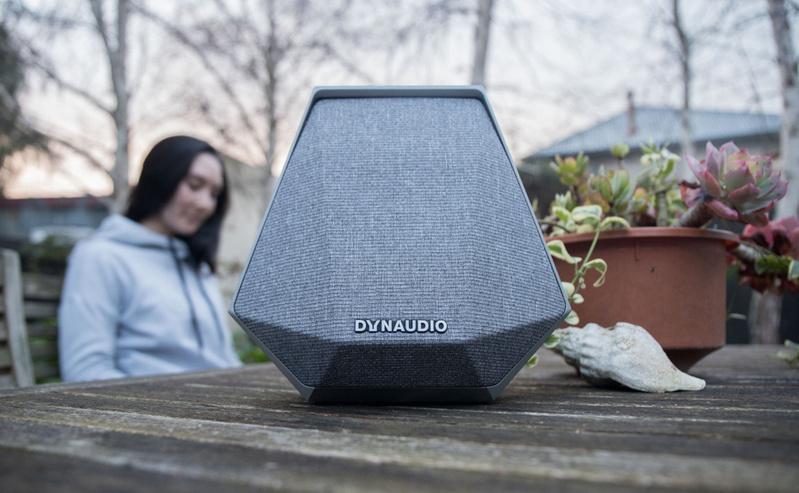 Dynaudio Music 1: Loa di động tiêu chuẩn hi-end, với phong cách nội thất Bắc Âu.
